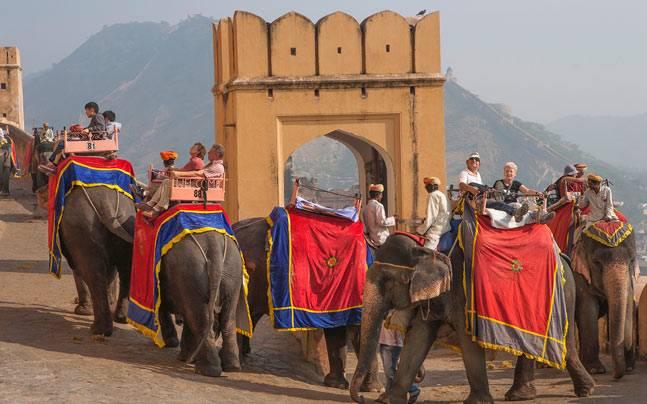 long trip from Delhi to Jaipur