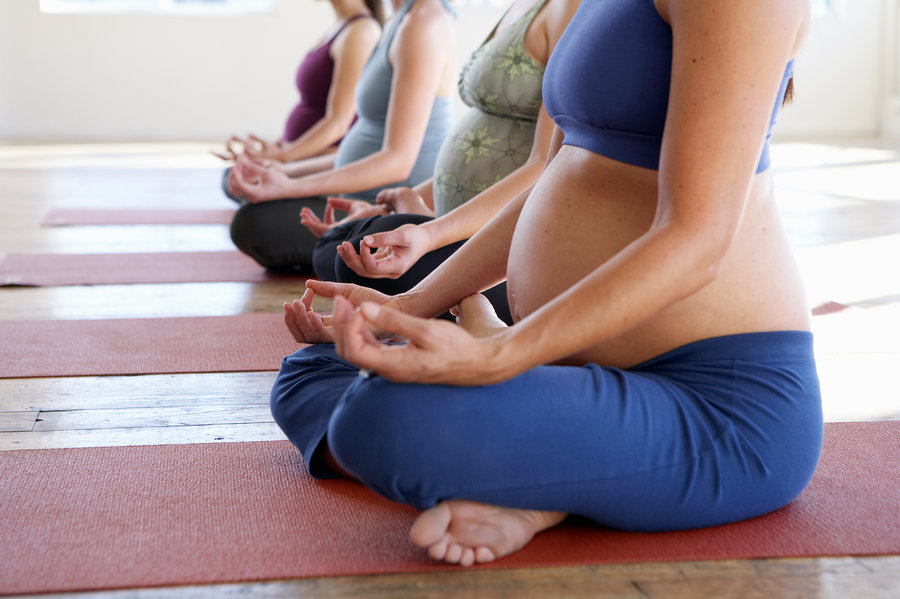 safe yoga poses for pregnancy