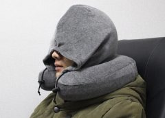 Health Benefits of Using Travel Neck Pillows