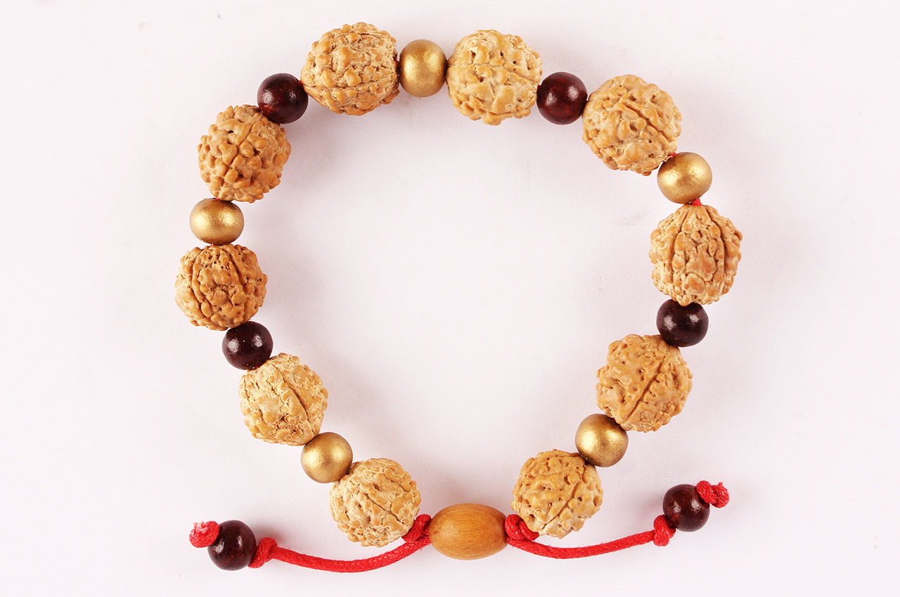 Benefits of Wearing Rudraksha