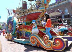 Hong Kong: A war for Sstardom between Ocean Park and Disney Land