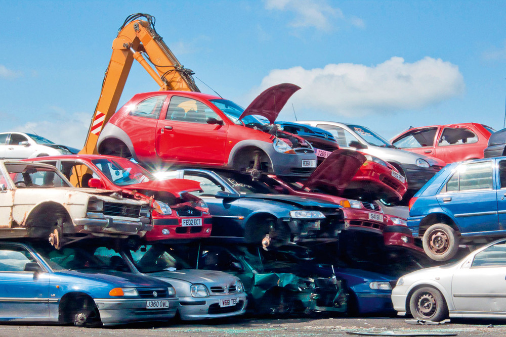 Benefits Of Hiring Scrap Dealers For Cars