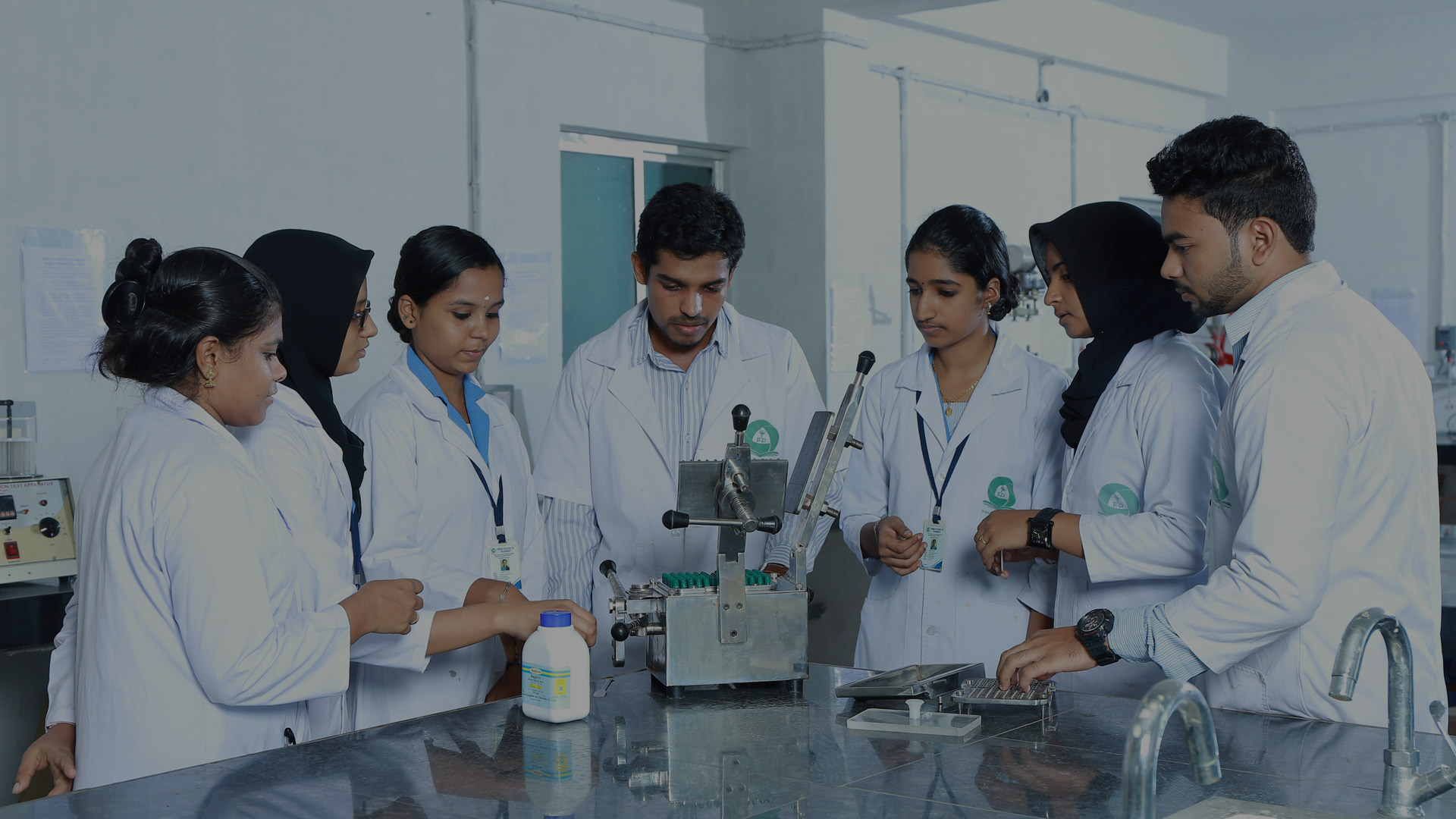 D Pharma Course: A Blooming Option in India