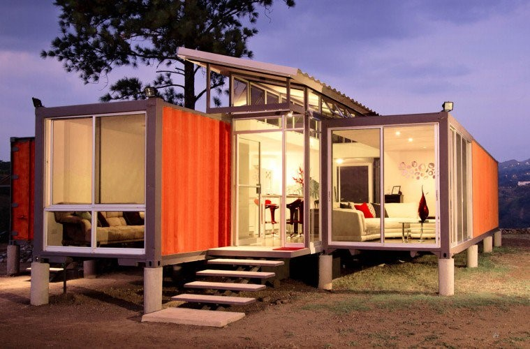 Reasons Why You Would Want To Live In a Storage Container Home Zemsib