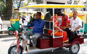 Enjoy a Comfortable Ride in a Battery Operated Rickshaw